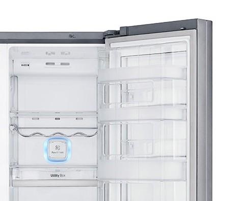 Americká chladnička LG GSJ960PZBZ – pohľad do chladiaceho systému na antibakteriálny filter