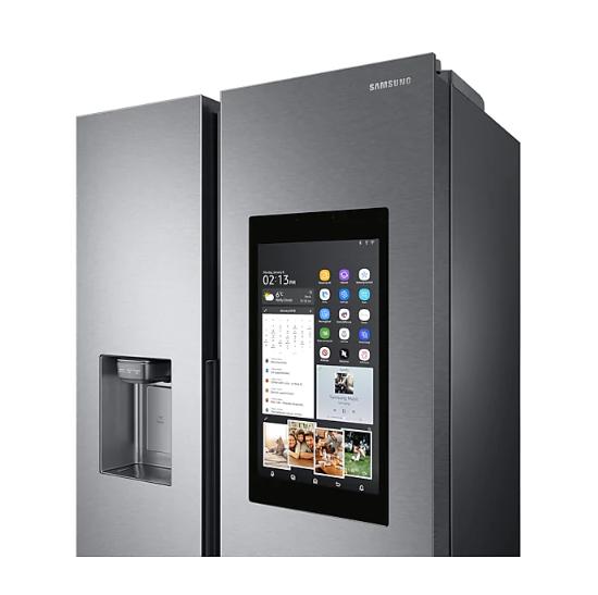 Americká chladnička Samsung RS68N8941SL EF Family Hub – pohľad na multimediálny dotykový displej