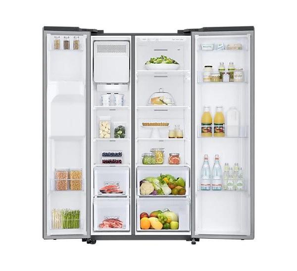 Americká chladnička Samsung RS67N8211S9 EF – pohľad dovnútra naplnenej chladničky