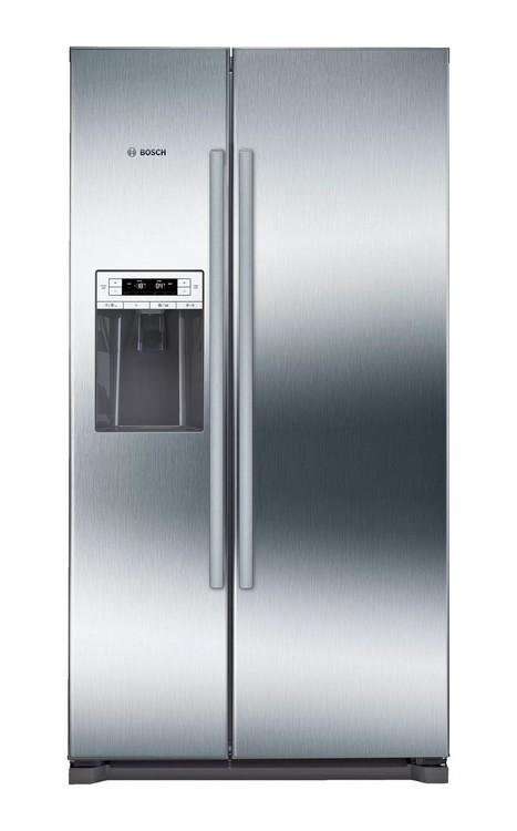 Americká chladnička BOSCH KAD90VI30 – pohľad spredu