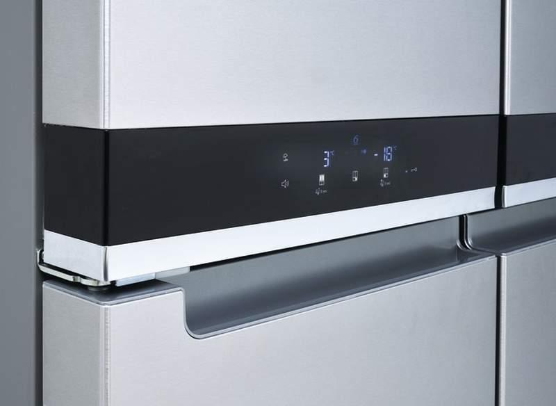 Americká chladnička Whirlpool WQ9 E1L – ovládací panel